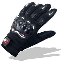 Racing Gloves Leather Australia - Wholesale- Warm in autumn and winter Motorcycle Gloves Racing Leather Guantes Carbon Fiber Knukle Protection Black and White for Men