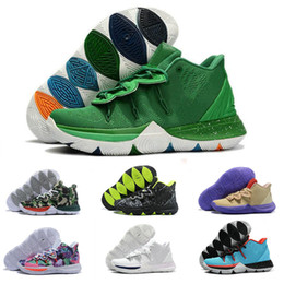 sports shoes f1a28 10b1b 2019 Kyrie Taco Black Magic Sky Star Herren Basketball-Schuhe Chaussures 5s  5 Männer Regenbogen Schwarz Weiß Sport Turnschuhe Größe US 7-12