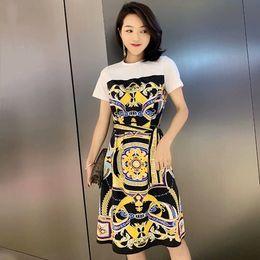 $enCountryForm.capitalKeyWord Australia - Women Girls Baroque Patterns Print T-shirt Dress Short Sleeve Patchwork Summer Dresses 2019 Female