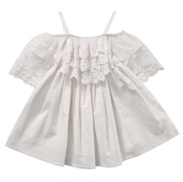 $enCountryForm.capitalKeyWord Australia - 2017 Summer Toddler Kids Baby Girls Off shoulder White Lace Dress Princess Girl Party Dresses Children Clothes One Pieces