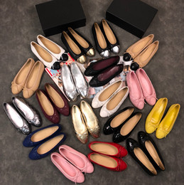 Designer Classic Beige Black red Flats Women ballet Loafers Many Colors  Size 34-42 Lady Summer Shoes Flats loafers With Bowtie mx181214011 4378a97226de