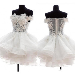 $enCountryForm.capitalKeyWord Australia - 2019 Mini Sexy White Short Cocktail Dresses Strapless Organza 3D Floral Applique Illusion Back Puffy Homecoming Dresses Party Gowns