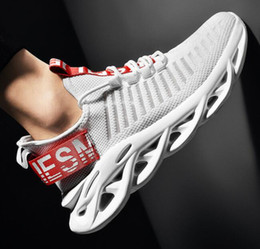spring knives Australia - 2019 New Best-selling Mesh Tide Shoes Men's Knife-edge Sports Shoes Leisure Small White Shoes Light Running Mesh Red Dad Factory Direct