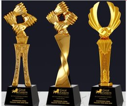 $enCountryForm.capitalKeyWord Australia - Win-win cooperation Hand in Hand Gold-plated Resin Crystal small plastic decoration customized trophy trophy crafts Free engraving World Cup
