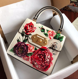 white crossbody bag Canada - New Designer luxury handbags flowers printed white genuine leather totes crossbody bag top quality brand ladies shoulder bags 24*13*19cm