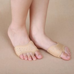 flat bellies shoes 2020 - Brand New Professional Ballet Flats Women Belly Dancing Foot thong Dance Beaded Socks Shoe Toe Pads Nude cheap flat bell