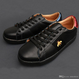 $enCountryForm.capitalKeyWord NZ - New Luxury designer Comfort Pretty Girl mens shoes Casual Leather Shoes Top Quality Mens Womens Shoes Extremely Durable Stability
