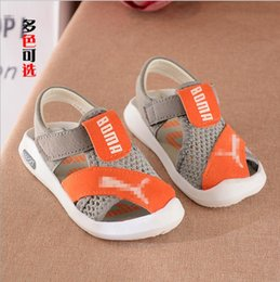 Опт 2019 новая весна и лето детская обувь новые мальчики с мягким дном пляжная обувь мальчики Баотоу спортивные сандалии бесплатная доставка