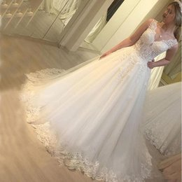 $enCountryForm.capitalKeyWord Australia - mariage Elegant Country Style Boho Wedding Dresses Lace Cap Sleeves Chiffon Long Bridal Gowns with Buttons Cover Back