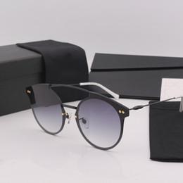 $enCountryForm.capitalKeyWord NZ - Luxury High quality cat eye frame grey lens women sunglasses brand designer with package