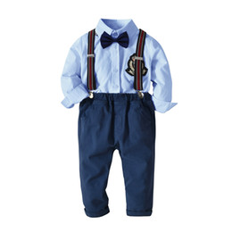 Hot Cat Suits Australia - new hot cat-1998 summer cotton boy's bow tie gentleman strap short-sleeved shirt four-piece European and American children's suit solid boys