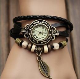 Retro cuarzo pulseras relojes hoja colgante pu correa de cuero vestido de pulsera brazalete vintage tejido wrap wristwatch woms niñas punto reloj en venta
