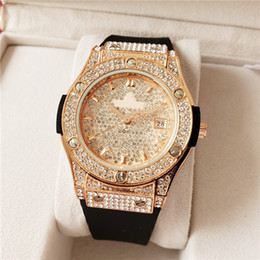 Wholesale aa3A Brand Watch Quartz Ladies Gold Fashion Wrist Watches Diamond Stainless Steel Women Wristwatch Girls Female Clock Hours