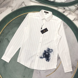 Wholesale button down shirt pockets for sale – plus size 2020 luxury casual dress shirts men blouses custom silk fabrics soft Classic pocket embroidery new logo asian size blouses