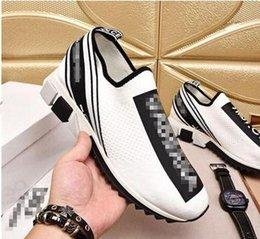 Großhandel NEUE Mode Rock Runner Camouflage Leder Sneakers Schuhe Männer, Frauen Rock Studs Outdoor Casual CAMUSTARS Trainer Sportschuhe yh18072901