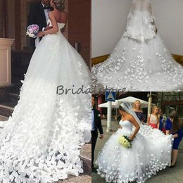 bridal dresses butterflies UK - Ball Gown Church Wedding Dresses With Butterfly Cathedral Train Fashion White Sweetheart Sleeveless Cinderella Spanish Country Bridal Dress