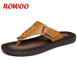 $enCountryForm.capitalKeyWord Australia - 2018 Brand Summer Beach Flip Flops Men Pu Leather Slippers Male Flats Sandals outdoor Rubber Beach Shoes Men Leather New
