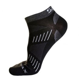 $enCountryForm.capitalKeyWord UK - 1 Pair Men Women Breathable Cotton Dress Men's Casual Socks Man Sock and Basket ball socks Sp ort Wear For Male   Female1