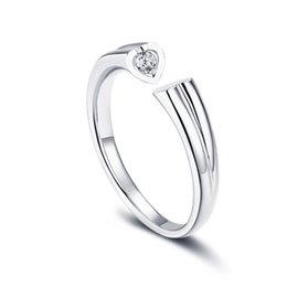 e3c2dfbc98 Amazon sells platinum plated zircon couple rings with eight hearts and  eight arrows as Valentines Day gifts