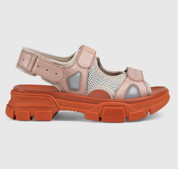 Thick Sole Sandals Australia - Summer Designer Sports Sandals Luxury Male and Woman Leisure Sandals Fashion Leather Outdoor 2019 Beach Big Code Thick Soled Slippers
