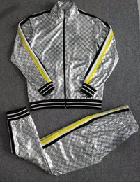 c09ad353fa37 2018ss мода спортивная мужская повседневная спортивный костюм класса люкс  мужская спортивная одежда дизайн бренда спортивный костюм прохладный  толстовка ...