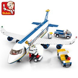 $enCountryForm.capitalKeyWord Australia - 463pcs City Airport Airbus Aircraft Airplane Avion Plane Technic Building Blocks Sets Bricks Educational Toys For Children J190720