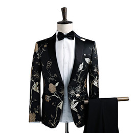 The current popular men's suit spring and autumn new men's suit set two-piece (coat + pants) men's slim fashion dress banquet dress
