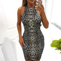 ad1357b65a 2019 venta caliente nuevo tatuaje de serpiente sexy cadera falda sin mangas  vestido de abajo desgaste de las mujeres Un paso falda Estampado de  serpiente en ...