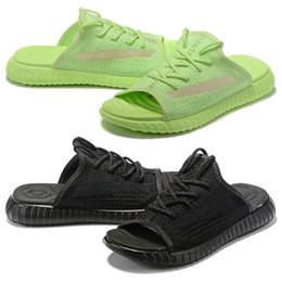Glow heels online shopping - 2019 Designer Beach Slipper V2 Sandals Glow Reflective Clay Beluga Real Synth Zebra Kanye West For flip flop Men Women Sports Shoes Sneaker