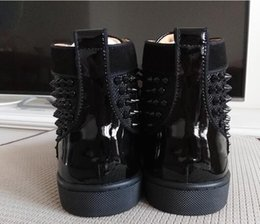 Quality Lace Luxury NZ - Fashion black spikes Hi Top Sneakers Red Bottom Shoes Women,Mens Trainers black canvas high quality Lace-up Spikes Red Sole Luxury Part
