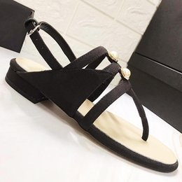 $enCountryForm.capitalKeyWord NZ - High quality design ladies flat sandals fashion womens shoes pearl buckle with slippers casual shoes pearl pinch sandals with original qr