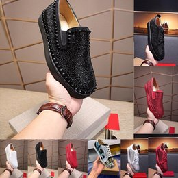 Wedding shoes ivory crystals online shopping - Designer Sneakers bottom is red shoe Low Cut Suede spike Shoes For Men and Women Luxury Shoes Party Wedding crystal Leather Sneakers