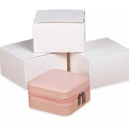 Wholesale Portable jewelry box travel mini compact princess simple ear stud hand stud earrings receive box jewelry box lady