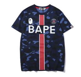 52891c343 2019 Mais Novos Melhores Vendedores de Verão da marca de luxo homens APE  camuflagem impressão T-shirt dos homens e das mulheres da moda Top Designer  ...