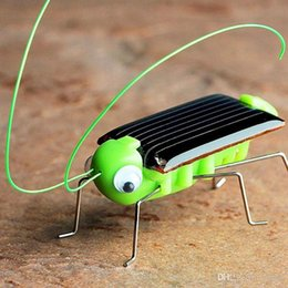 $enCountryForm.capitalKeyWord Australia - Solar Energy Toys Funny Insect Solar Grasshopper Novelty Gag Solar Powered Playing Learning Toys Cricket Educational Toy birthday Kids gift