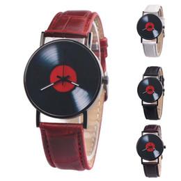 $enCountryForm.capitalKeyWord Australia - 2019 Vintage Record Shape Round Dial Faux Leather Band Women Men Quartz Wrist Watch