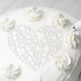 $enCountryForm.capitalKeyWord Australia - 1pc Plastic Cake Stencils Love Heart Flower Spray Stencils Birthday Cake Mold Decorating Bakery Tools Diy Mould Fondant Template