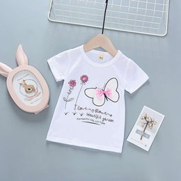 089bee8257a51 Buena calidad Baby Girl Clothes Top Camiseta Niños Ropa Algodón Floral  Dulce Chándal Traje Ropa Niños Mariposa Ropa Deportiva