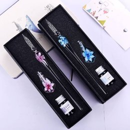 Discount signature gifts - Banquet Gifts Glass Signature Pen for Party Favors Flower Ink Writing Glass Pen with Case Wedding Valentine's Day D