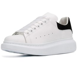 Casual Leather Soled Shoes Women Australia - New Season Designer Shoes Fashion Luxury Women Shoes Men's Leather Lace Up Platform Oversized Sole Sneakers White Black Casual Shoes