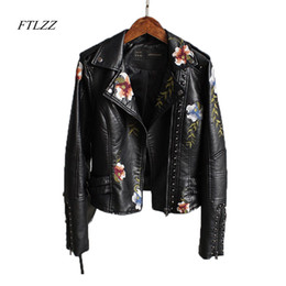 $enCountryForm.capitalKeyWord Australia - Ftlzz Women Floral Print Embroidery Faux Soft Leather Jacket Coat Turn-down Collar Casual Pu Motorcycle Black Punk Outerwear T3190601