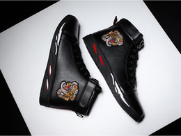 red black tiger print Australia - Brand designer Tiger Print Ace embroidered high-top sneakers black leather casual shoes fashion luxury red sneakers men's women's clothing g