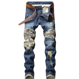 China New Men Jeans Hole Ripped Stretch Destroyed Hip Hop Jean Homme Masculino Fashion Design Men's Knee Hole Pleated Camouflage Pants cheap knee hollow ripped jeans suppliers