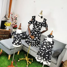 $enCountryForm.capitalKeyWord NZ - Summer Mother and Daughter Mini Star Dresses Matching Family Look Black Bodycon Slim Dress for Women Kids Girl Clothes Outfits