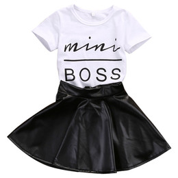 New Fashion Toddler Kids Girl Clothes Set Estate Manica corta Mini Boss T-shirt Top + Gonna in pelle 2PCS Vestito bambino completo