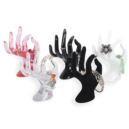 $enCountryForm.capitalKeyWord UK - 2018 New Jewelry Show Holder Plastic OK Hand Finger Ring Bracelet Bangle Jewelry Display Stand Holder
