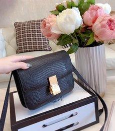 Wholesale shop soccer for sale – custom 2020 Brand Bag Luxury Shoulder shopping Bags Crossbodey Bags Ladies Designer Handbags Outdoor Letter Bag Q no box
