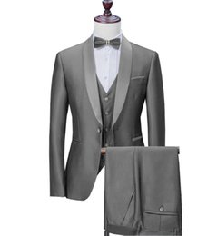 $enCountryForm.capitalKeyWord UK - Men Suit Satin Casual Formal Three Pieces Business Groomsmen Grey White Burgundy Lapel Tuxedos for Wedding Blazer+Pants+Vest