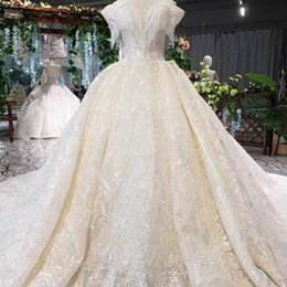 $enCountryForm.capitalKeyWord Australia - 2019 Summer Bohemian Wedding Dresses Illusion Sweetheart Neck Tassel Short Sleeve Backless Lace Up Back Crystal Lace Applique Bridal Gowns