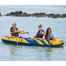 Intex Challenger 3 gesetztes aufblasbares Boot mit Ruder und Pumpe 68370NP Surfbretter im Angebot
